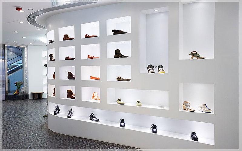 contoh desain interior toko sepatu