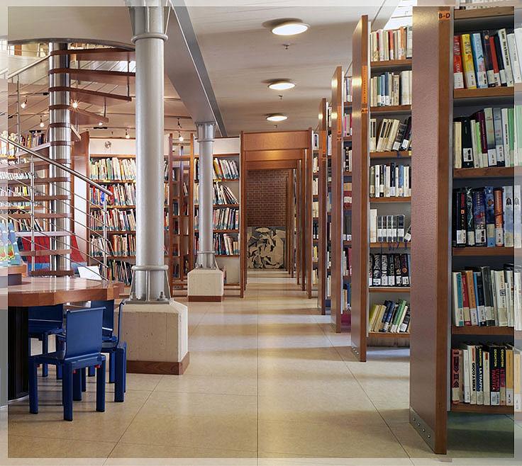 contoh desain perpustakaan umum